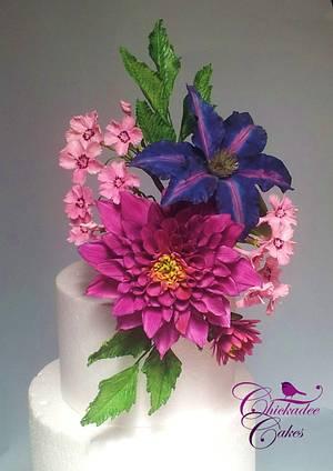 Floral spray - Cake by Chickadee Cakes - Sara