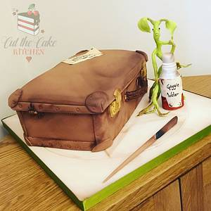 Newt Scamander Suitcase - Cake by Emma Lake - Cut The Cake Kitchen