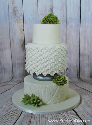 Modern Wedding Cake - Cake by KuchenDiva