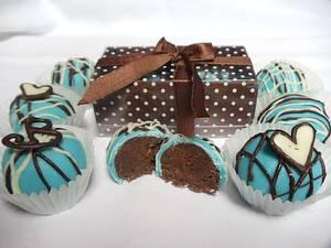 cake truffles - Cake by Enchanting Cupcakes hobby cakes