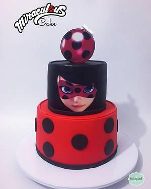 Torta Ladybug Medellín - Cake by Dulcepastel.com