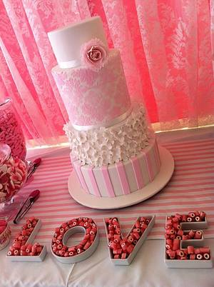 4 Tier Wedding Cake - Cake by Lydia Evans