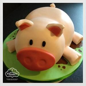 3D Piggy Birthday Cake - Cake by Hannah Gayfer