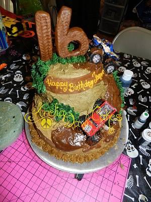 Mud Riding Cake - Cake by AneliaDawnCakes