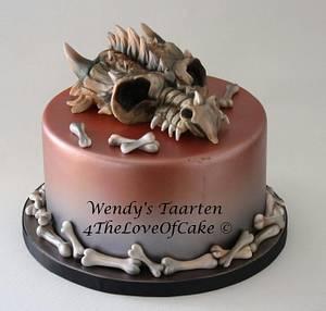 Dragon scull cake - Cake by Wendy Schlagwein
