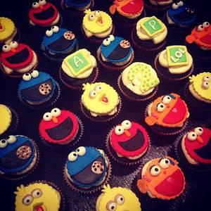 Sesame Street Cupcakes - Cake by PastaLaVistaCakes