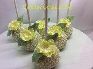 Lemon cake pops. - Cake by carefreecakes