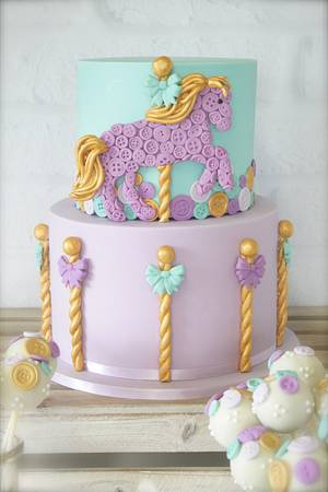 Buttons and Ponies - Cake by cjsweettreats