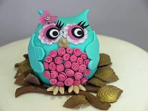 Mummy Owl and Owlets Baby Shower Cake - Cake by Scrummy Mummy's Cakes