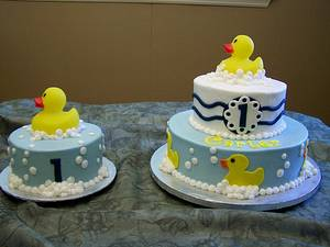 Rubber Duck - Cake by Theresa