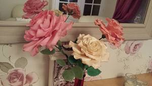 Roses I can't bare to part with  - Cake by My Darlin Cakes