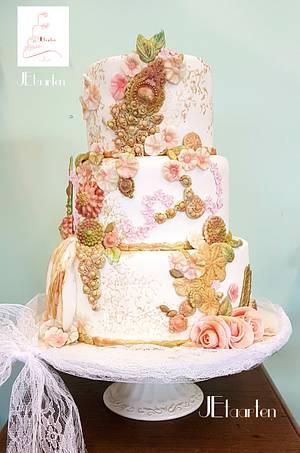 vintage romantic wedding cake - Cake by Judith-JEtaarten