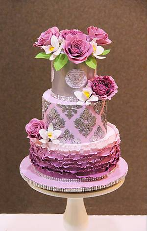 Lilac and silver beauty - Cake by Signature Cake By Shweta