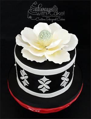 Magnolia & Quatrefoils - Cake by AlwaysWithCake