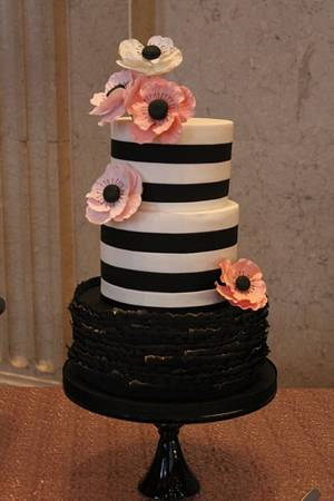 Bold and Beautiful. - Cake by Melissa