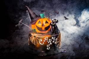 My Daughter's Spooky Halloween Birthday Cake - Cake by Jake's Cakes