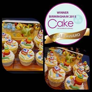 Toybox cupcakes GOLD award - Cake by JojosCupcakeMadness