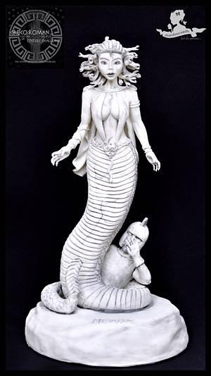 Medusa - for Greco-roman Challenge - Cake by Mademoiselle fait des gâteaux