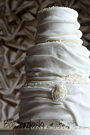 Ruffles and Pearls - Cake by Ballderdash & Bunting