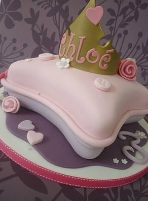 Princess Pillow cake - Cake by Isabelle Bambridge