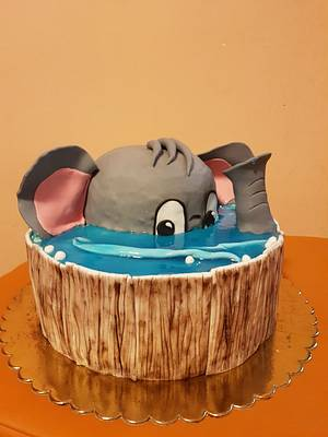 Elephant - Cake by Alice
