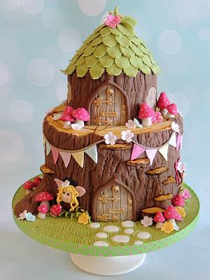 Magical Woodland - Cake by Shereen