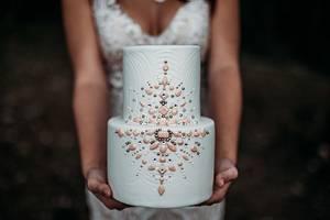 Jewels Cake - Cake by Lea's Sugar Flowers