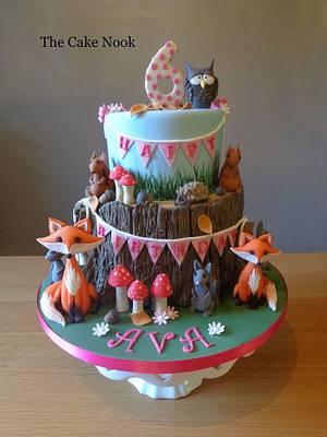 Woodland animals, birthday cake. - Cake by Zoe White