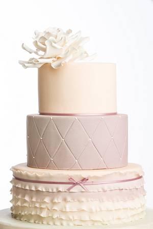 Neat n Elegant! - Cake by Caramel Doha