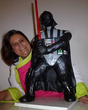 Standing up Darth Vader cake - Cake by Bety'Sugarland by Elisabete Caseiro