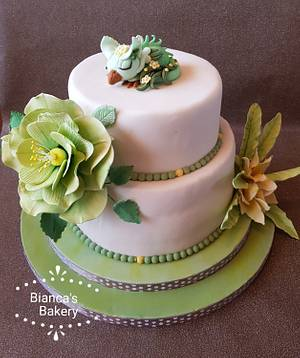 Little dragon (Griffin) with flowers - Cake by Bianca's Bakery