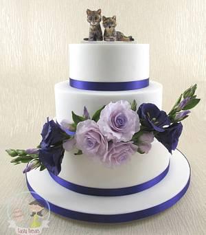 Cats & Flowers Wedding Cake - Cake by Natasha Shomali