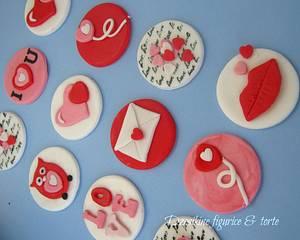 Valentine day cupcake toppers - Cake by Dzesikine figurice i torte