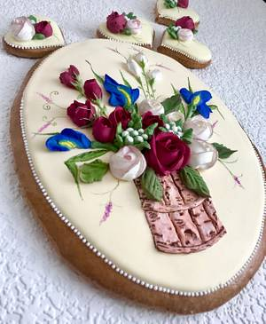 Bouguet with rosemary and blue iris - Cake by Andrea