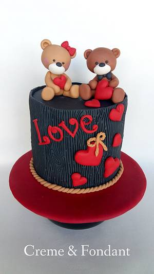 Bears  in love cake - Cake by Creme & Fondant