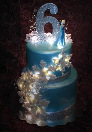 Frozen - Cake by DGoettsche13