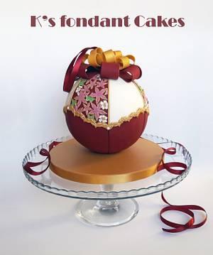 Christmas Ornament Cake - Cake by K's fondant Cakes