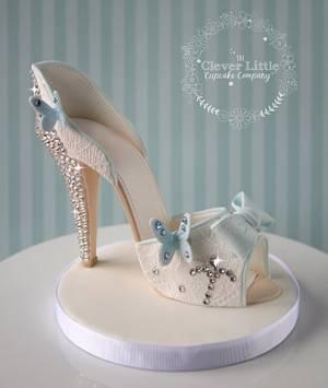 Cinderella style shoe cake topper - Cake by Amanda's Little Cake Boutique