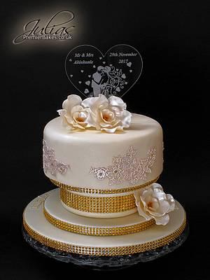 Gold Wedding cake - Cake by Premierbakes (Julia)