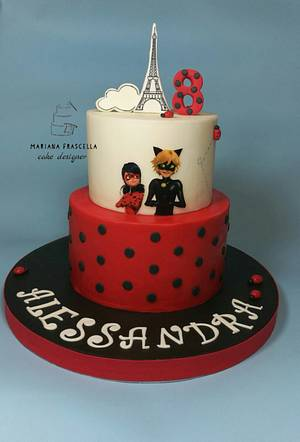 Miraculous - Cake by Mariana Frascella