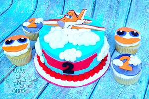 Planes Cake  - Cake by Cups-N-Cakes